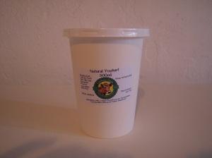 natural yoghurt